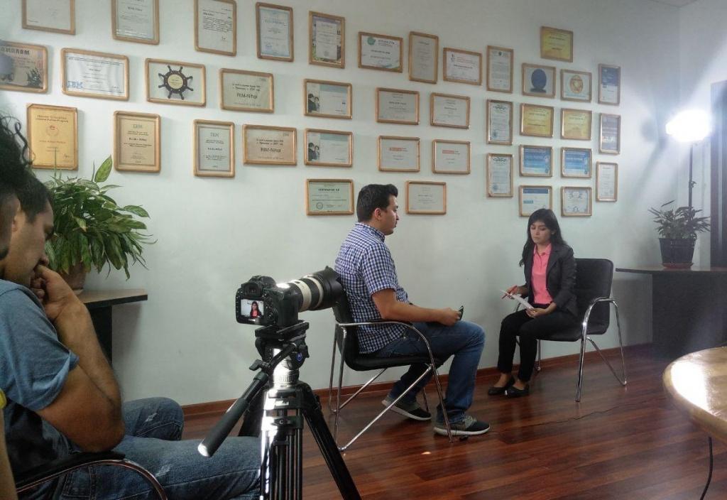 На записи интервью в НИХОЛ.